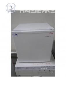 Холодильник DEXP TF050D